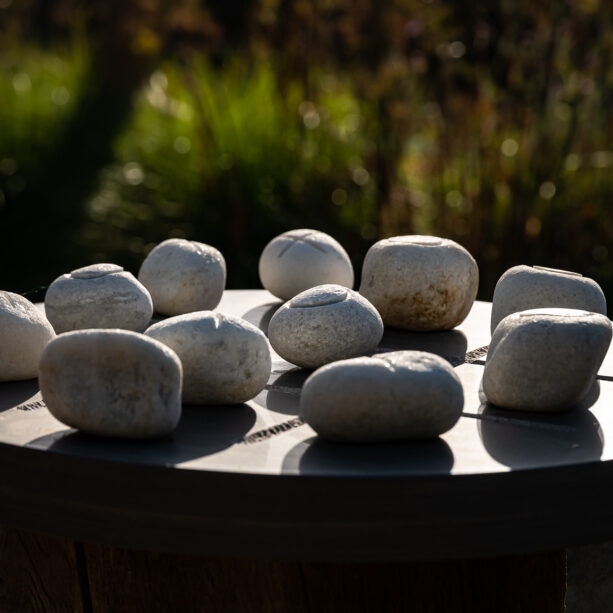 Stone Cross Game Shark Sandstone