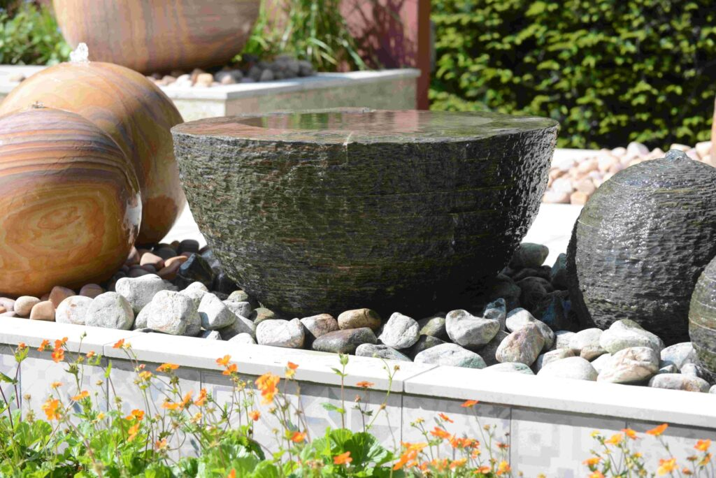Foras Pure Layered Slate water feature