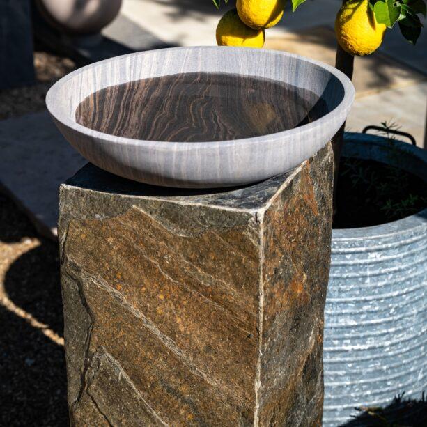 Shark bowl on Surmi plinth