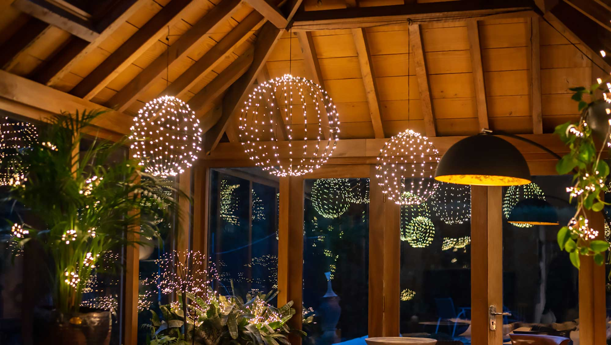 light globes hanging from ceiling