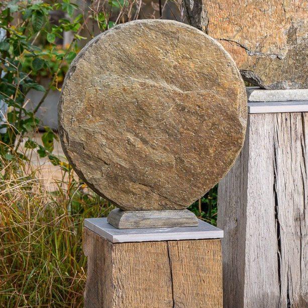Basa 40 on weathered oak plinth