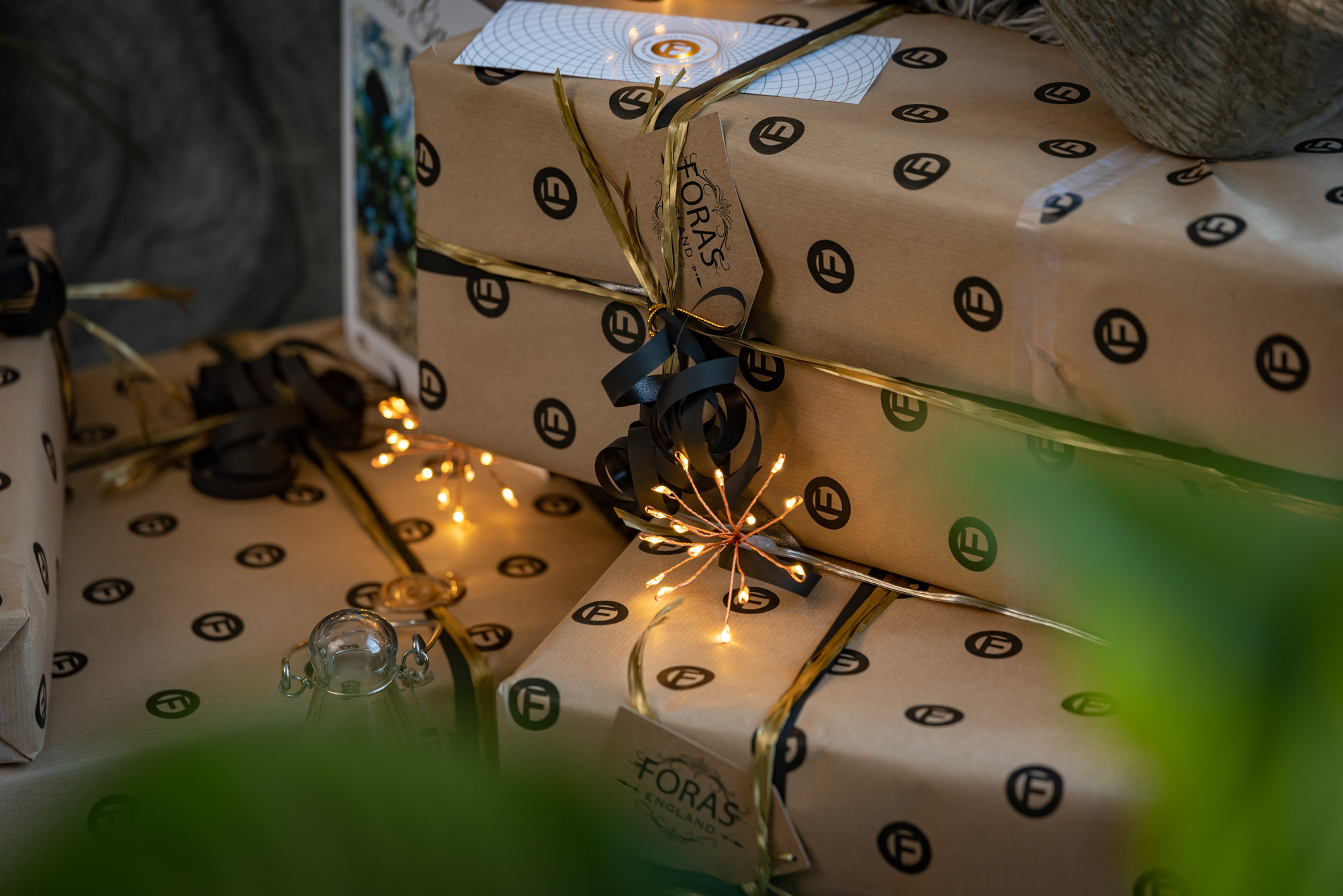 Foras gift wrapped boxes